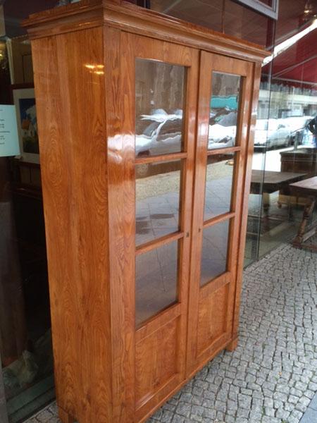 Biedermeierschrank-Bücherschrank