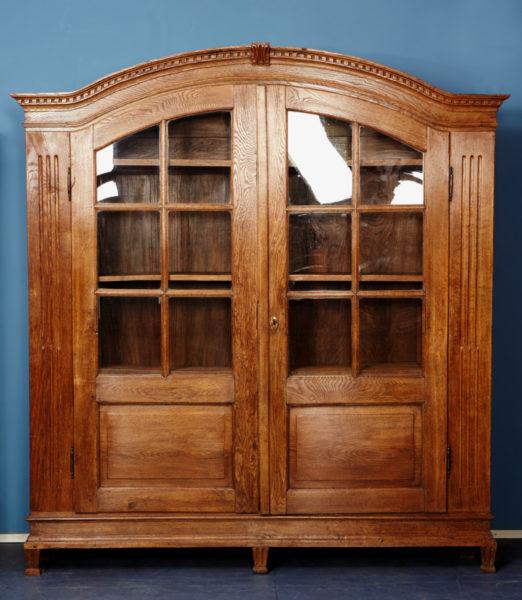 b cherschrank eiche um 1780 rarit t antiquit ten. Black Bedroom Furniture Sets. Home Design Ideas