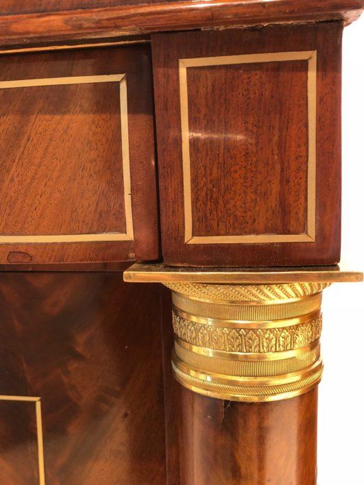 Antikes Sideboard, Klassizistische Mahagoni Anrichte um 1790-1800